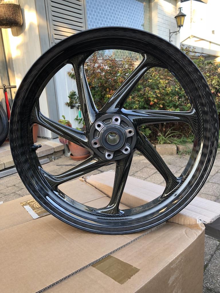 Carbon Fiber Wheels >> Thyssenkrupp Carbon Wheels Style 2